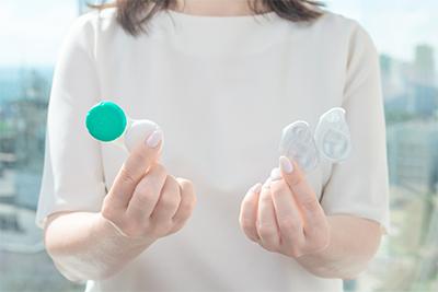 Kontaktlinsen und deren Pflege